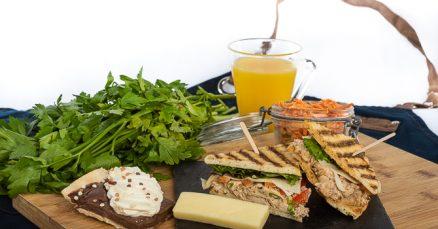 Services traiteur CHUM - boîte repas - sandwich au poulet chipotle