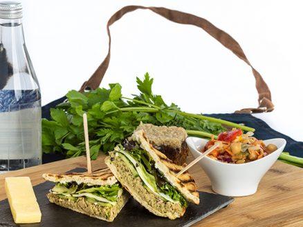 Service traiteur CHUM - sandwich thon et pesto